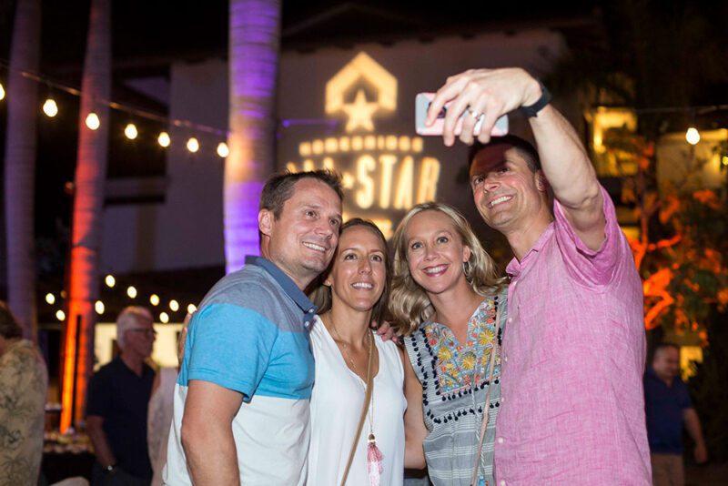 Selfie fans