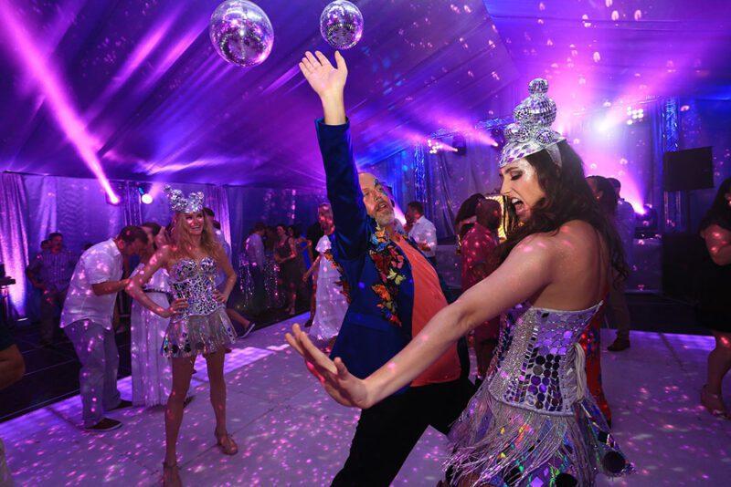 El mejor showman en la pista de baile