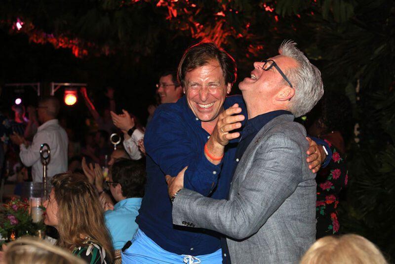 Ganadores celebran con gran emoción
