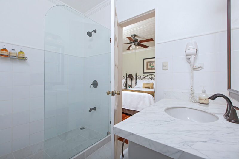 Baño - Grano de Oro Hotel   Cayuga Collection