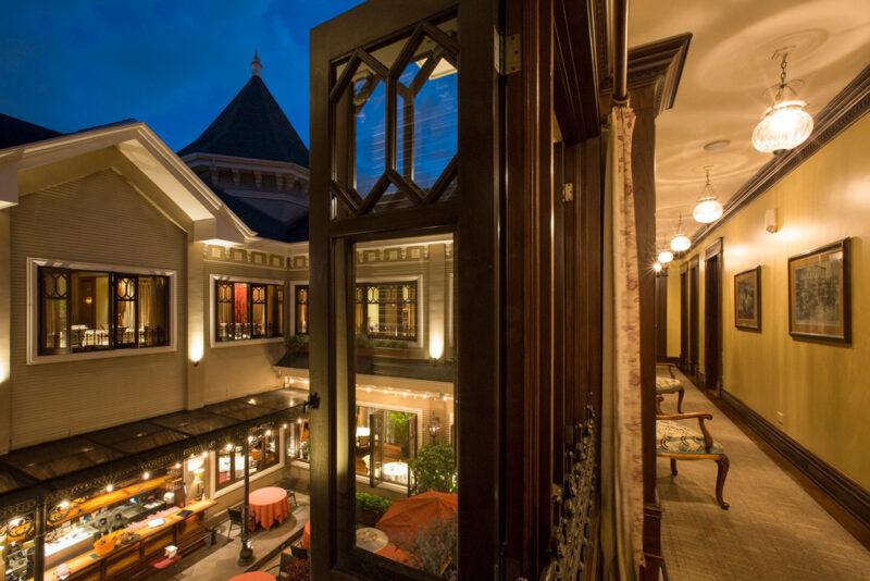 Interior façade and hallway - Grano de Oro Hotel | Cayuga Collection