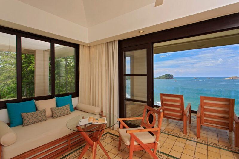 Suite with jungle and view of Manuel Antonio National Park - Arenas del Mar | Cayuga Collection