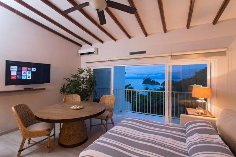 Ocean view apartment at Leonamar - Punta Leona