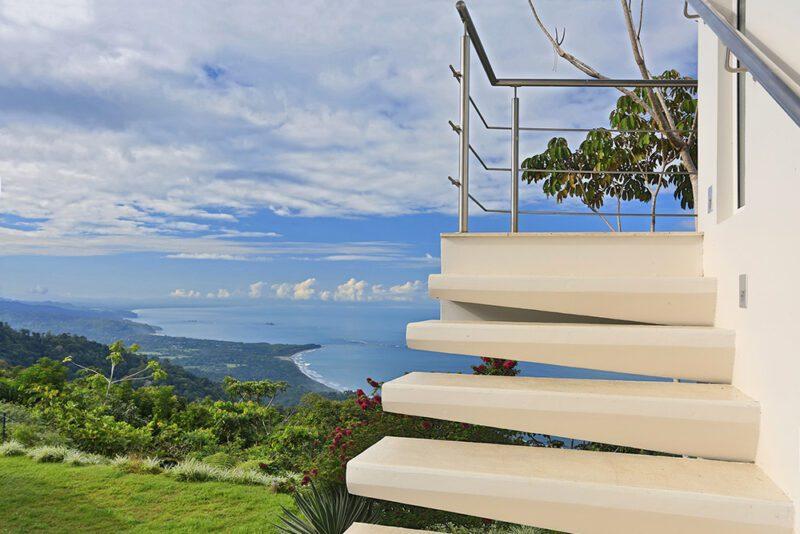 Stairway to heaven - Casa de Luz | Costa Verde Estates